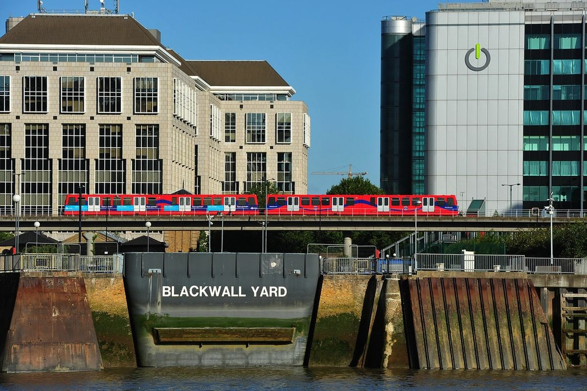 Hadley Blackwall Yard Thames